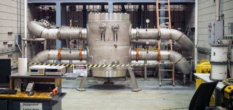 Industry, Pumping station, Machine, Metal, Gas compressor, Factory, Gas, Pipe,