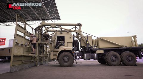 Vehicle, Transport, Truck, Mode of transport, Military, Commercial vehicle, Automotive wheel system, Car, Military vehicle, Wheel,