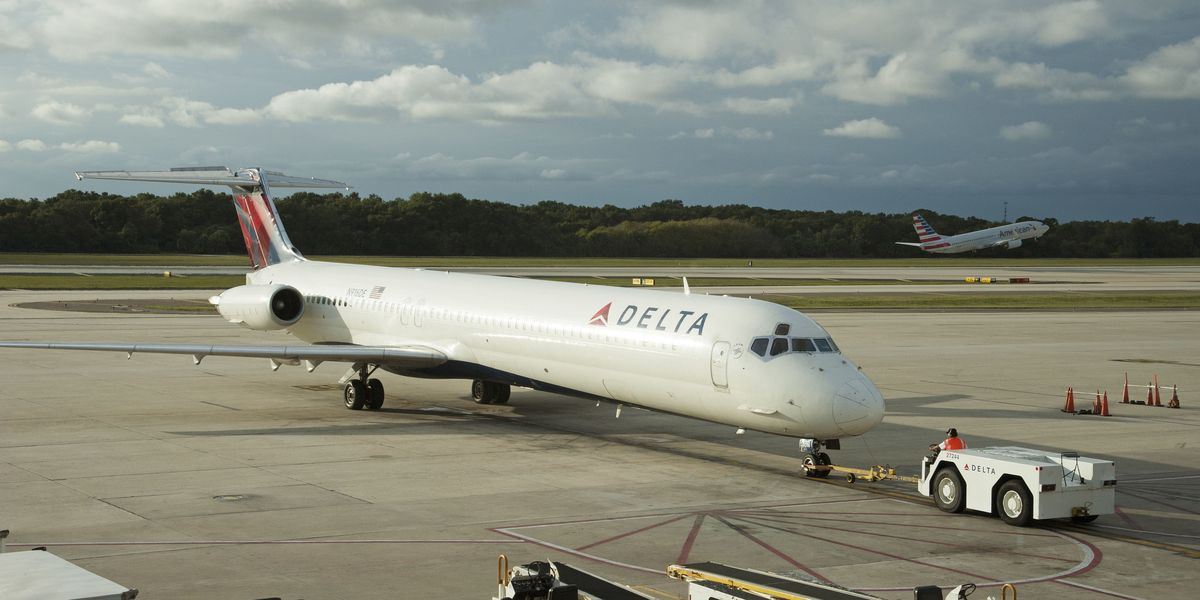 Delta Promotes Pilots To Captain Faster If They Fly This
