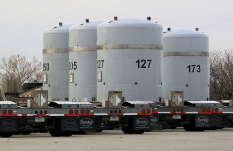Transport, Storage tank, Vehicle, Water, Water tank, Asphalt, Silo, Trailer, Truck, Gas,