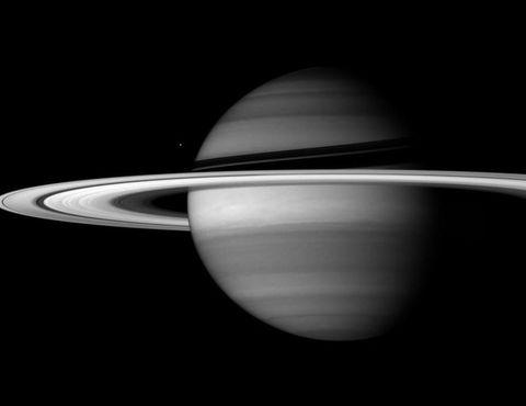 enceladus-saturn.jpg