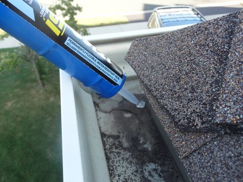 Gutter Repair How To Fix Your Leaky Rain Gutters