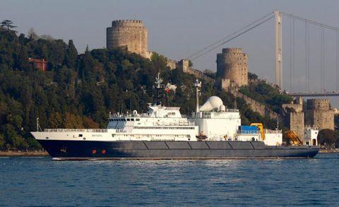 Vehicle, Boat, Ship, Watercraft, Water transportation, Waterway, Ferry, Ocean liner, Motor ship, Channel,