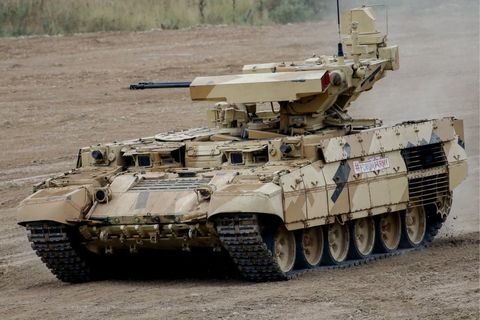 Combat vehicle, Tank, Motor vehicle, Military vehicle, Vehicle, Self-propelled artillery, Military, Mode of transport, Armored car, Armored car,