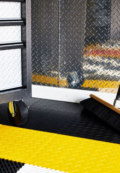 How To Build a Garage Workspace - DIY Garage Reno