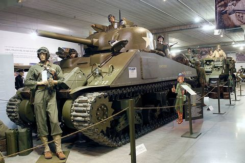 Combat vehicle, Tank, Military, Museum, Military vehicle, Vehicle, Army, Military organization, Self-propelled artillery, Tourist attraction,