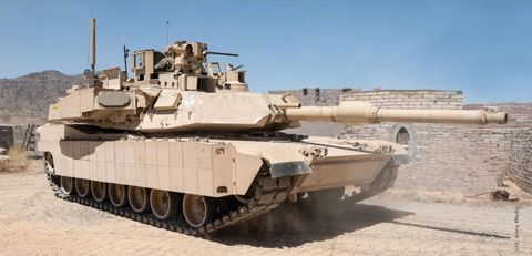 Combat vehicle, Tank, Military vehicle, Vehicle, Self-propelled artillery, Motor vehicle, Mode of transport, Military, Gun turret, Armored car,