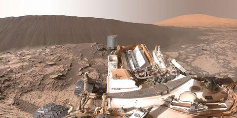 mars-dune-curiosity.jpg