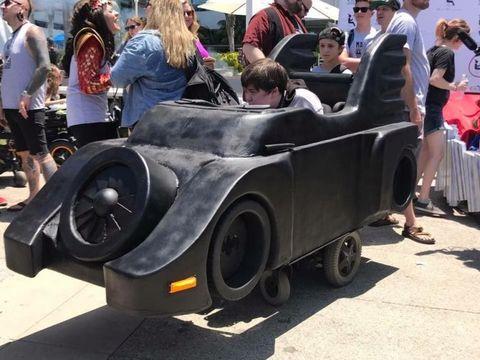 Motor vehicle, Vehicle, Automotive design, Vintage car, Car, Mode of transport, Classic, Wheel, Automotive wheel system, Antique car,