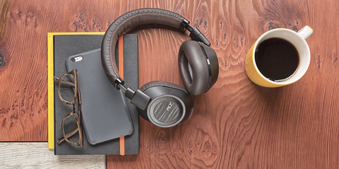 The 7 Best Noise-Canceling Headphones to Drown Out Your Surroundings