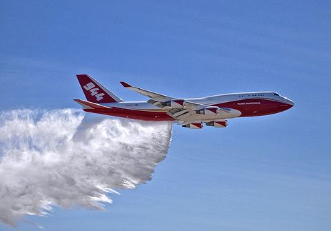Airplane, Aircraft, Airline, Aviation, Air travel, Flight, Vehicle, Wide-body aircraft, Flap, Red,