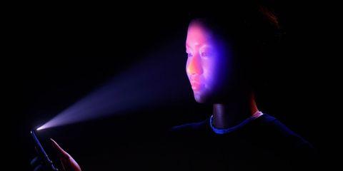 Purple, Light, Violet, Lighting, Visual effect lighting, Electric blue, Neon, Darkness, Human, Backlighting,