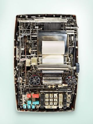 Product, Technology, Laptop part, Electronic component, Computer hardware, Circuit component, Office equipment, Machine, Metal, Electronics,