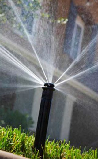 Sprinkler Technology - Lawn Sprinkler Watering Tips
