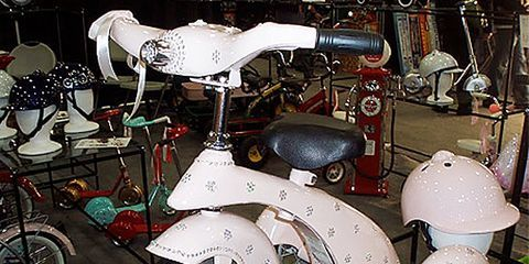 A Tricycle That Twinkles