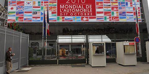 2010 paris auto show sign