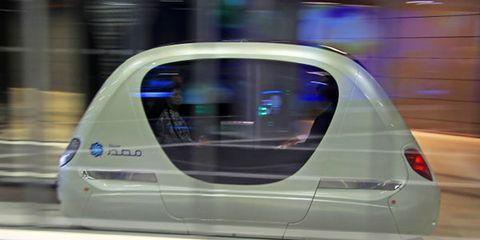 Movie Tech: <em>Total Recall</em>'s Robotaxi