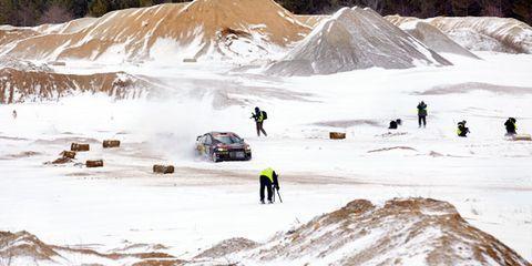 Winter, Slope, Snow, Freezing, Terrain, Geological phenomenon, Ice cap, Glacial landform, Adventure, Off-roading,