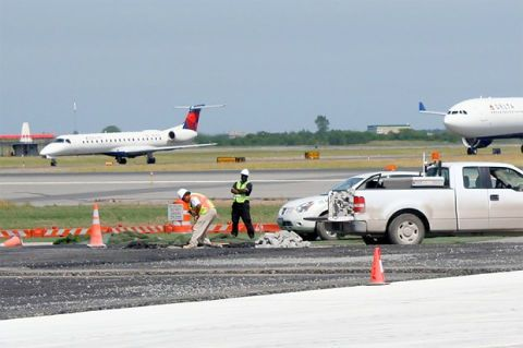 JFK Airport Bay Runway Replacement - Kennedy Airport New