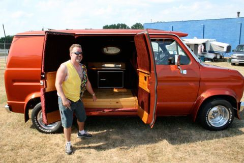 Van-Tastic: 15 Crazy Customized Vans