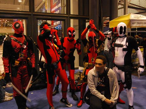 A gaggle of Deadpools (including one in X-Force variant costume).