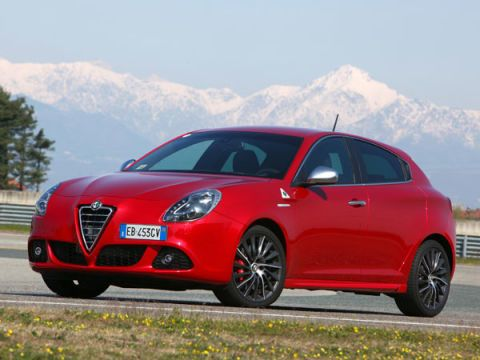 SouthoftheBorder Cars You Cant Buy In The USA - Alfa romeos for sale