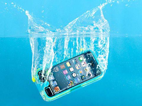 Griffin Technology Survivor + Catalyst Waterproof iPhone 5 Case