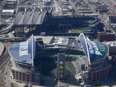 10 Coolest Football Stadium Technologies