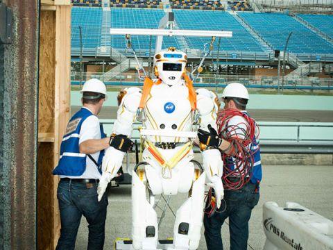 Leg, Human body, Engineering, Workwear, Machine, Job, Employment, Naval architecture, Helmet, Boat,