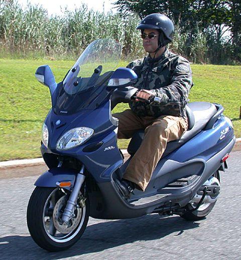PM Zone Test: Piaggio X9 Evolution 500 Maxi Scooter