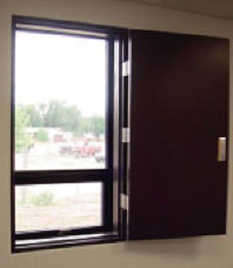Automotive exterior, Vehicle door, Door, Window, Glass, Room, Interior design, Auto part, Metal, Aluminium,