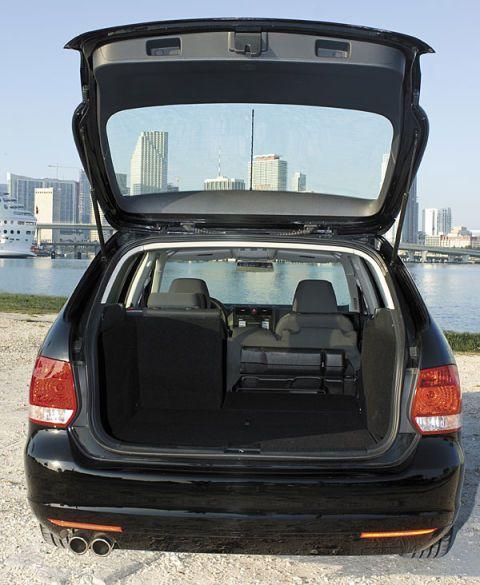 Turbo Microbus: 2009 VW Jetta SportWagen Test Drive: Clean Diesel And
