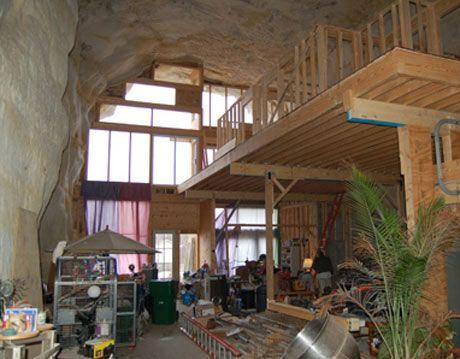 inside sleeper family cave house in festus missouri