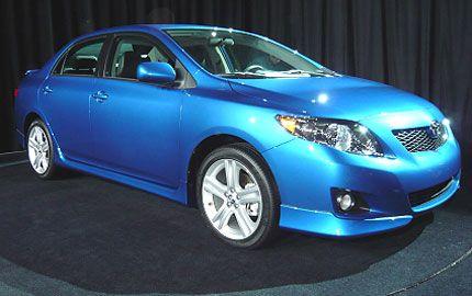 Toyota Unveils 2009 Corolla and All-New Corolla Matrix: Live