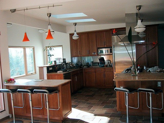 5 ways to keep kitchen remodeling costs down for Kitchen remodel logo