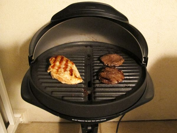 Kalorik GRB 32231 S Barbecue Grill With Radio And I Pod Connection
