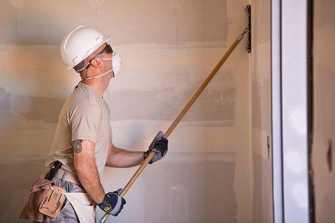 paint a room   floor, ceiling, wood, hardwood,