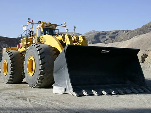 Extreme Machines Earth Movers Pictures Giant Shovel Digging Machine Pictures