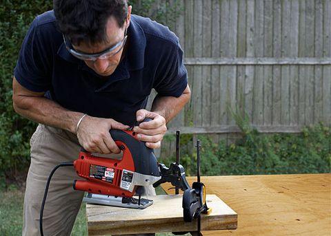 Tool, Machine, Saw chain, Jigsaw, Drill, Power tool, Drill accessories, Pneumatic tool, Chainsaw, Rotary tool,