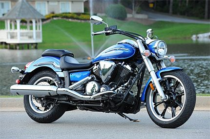 2009 Yamaha V-Star 950 Test Drive: V-Twin Bike is a Fun Middleweight ...