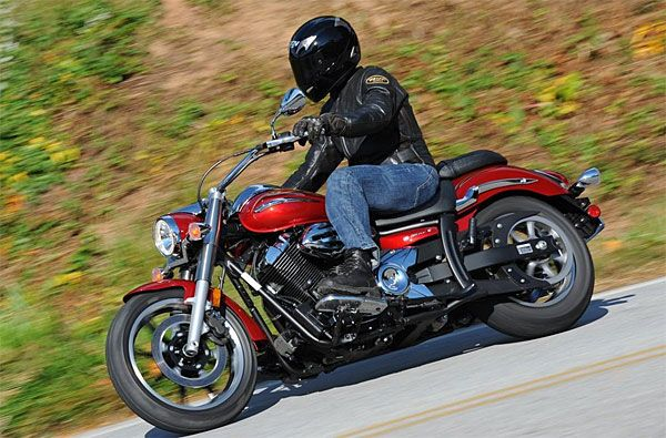 2009 Yamaha V-Star 950 Test Drive: V-Twin Bike is a Fun