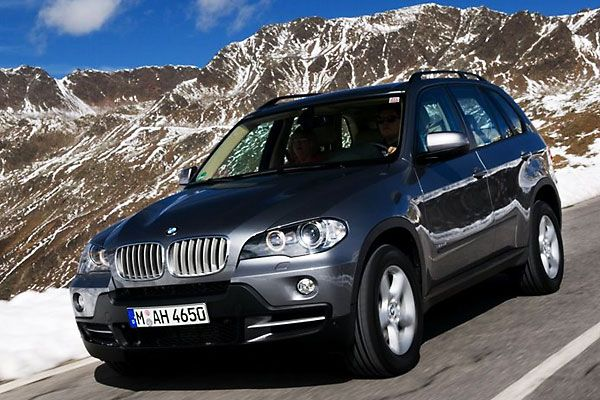 2009 BMW X5 xDrive 35d Test Drive: Sporty Crossover Gets