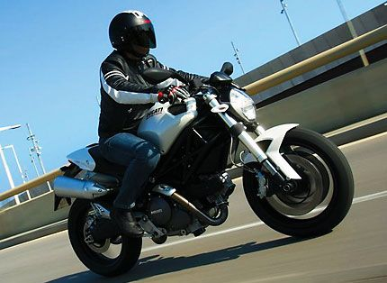 2009 Ducati Monster 696 Test Drive: Is 16-Year Old Monster Still The ...