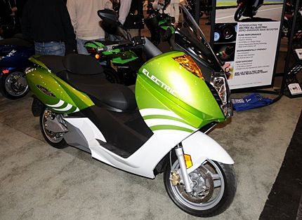 2009 Vectrix VX-2 and Scooters: 2009 New York Motorcycle Show