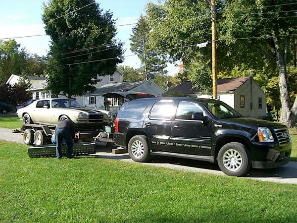 2009 Gmc Yukon Hybrid Towing Test Drive How Efficiently Do Haulers Handle Loads