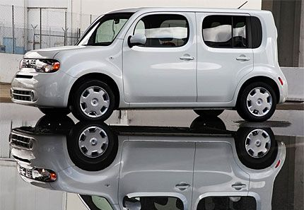 2009 Nissan Cube Test Drive Square Scion And Kia Soul Compeor Ready For B Car Battle