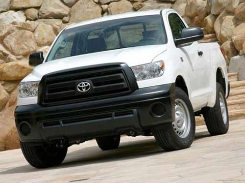 2010 toyota tundra work truck test drive new v8 offers back to basics utility. Black Bedroom Furniture Sets. Home Design Ideas