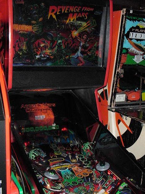 Top 6 Weirdest Pinball-Machine Designs