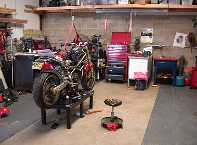 How to set up a workshop tool storage ideas for Equipement complet garage auto