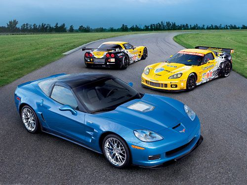 2010 corvette zr1 and corvette c6 r alms race cars